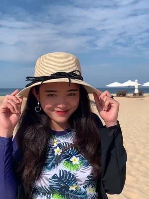 Biển Phú Yên đẹp ko tưởng tượng đượccc 🥺