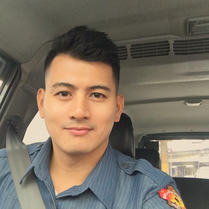 Mr.Officer - officergal