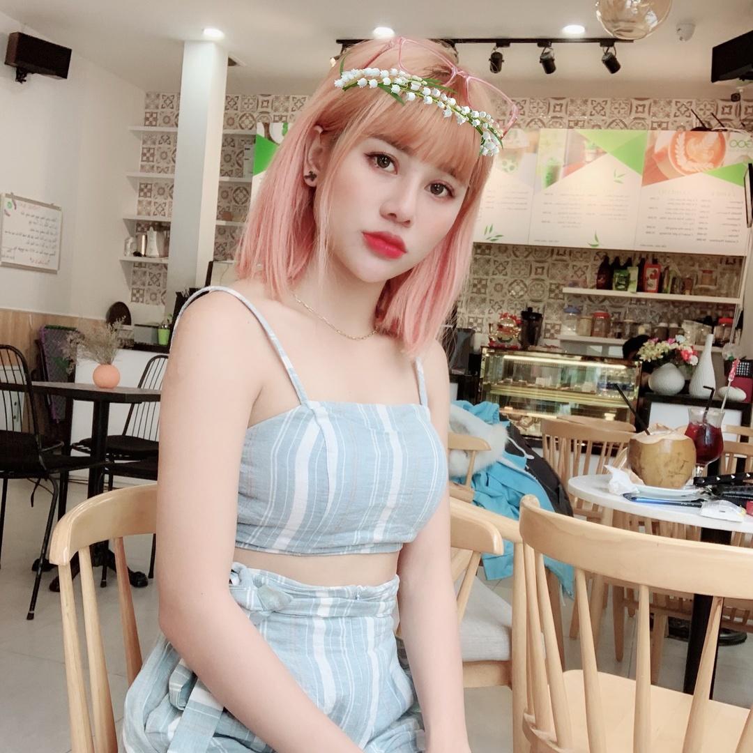 Nana Liu ? - n937814200