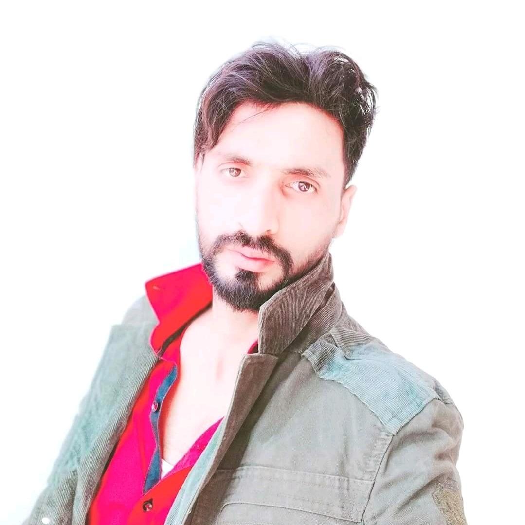 @Raees GujjaR 444 - raees_gujjar444