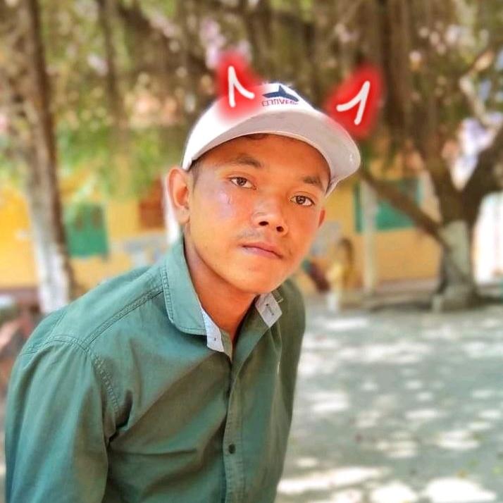 Mrr Nang - 31885506793