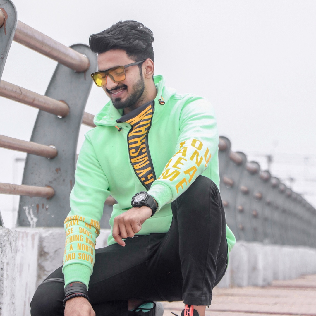 Romil Agrawal - romil_agrawal01