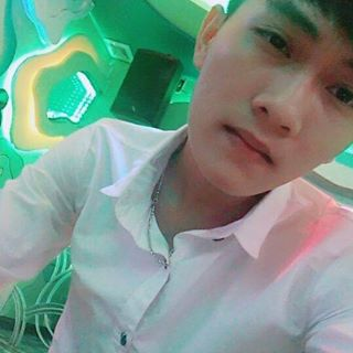Pham Tuan - 2143918816