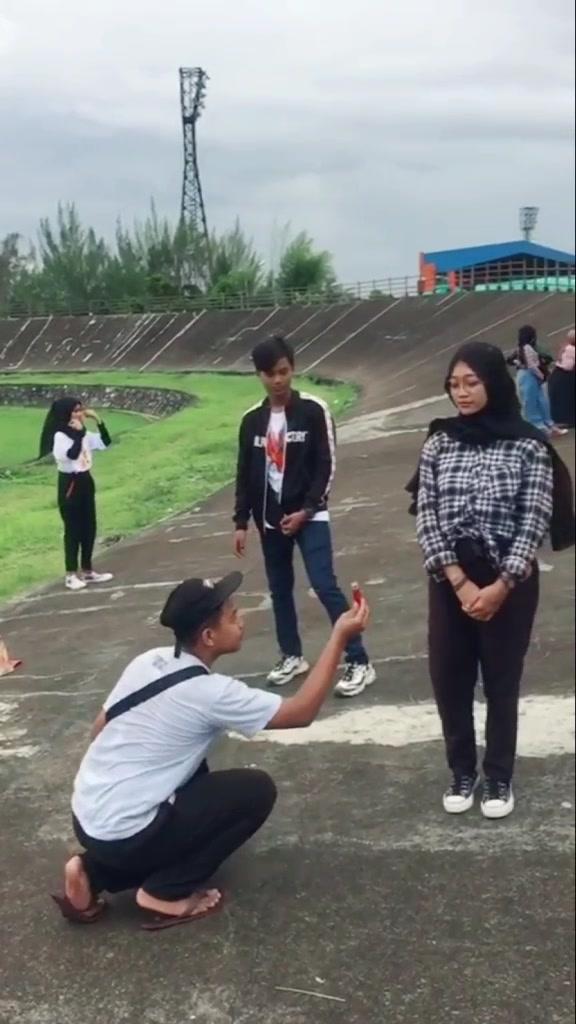 #TanpaTapiChallenge #tiktokpontianak #tiktokindonesia #viral #fypシ #fyp #tiktokqueen #tanpatapichallenge